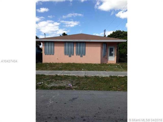 10231 SW 173rd Ter, Miami, FL 33157 (MLS #A10427404) :: Calibre International Realty