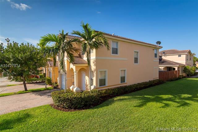 12302 SW 124TH Path, Kendall, FL 33186 (MLS #A10427974) :: The Erice Group