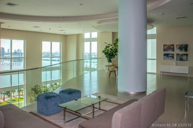 1900 N Bayshore Dr #3605, Miami, FL 33132 (MLS #A10428159) :: The Teri Arbogast Team at Keller Williams Partners SW