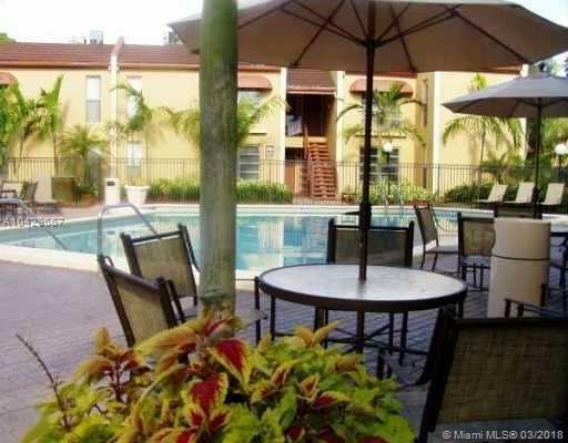 4445 Treehouse Ln A, Tamarac, FL 33319 (MLS #A10429667) :: Stanley Rosen Group