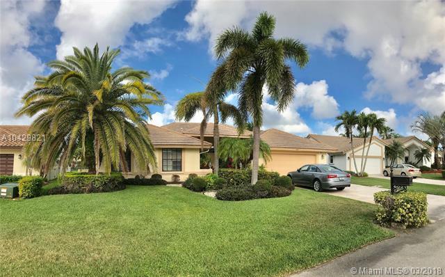 6021 NW 61st St, Parkland, FL 33067 (MLS #A10429821) :: Melissa Miller Group