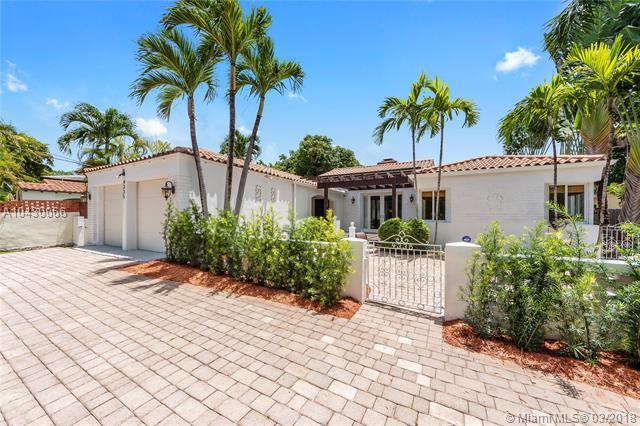 4335 Alton Rd, Miami Beach, FL 33140 (MLS #A10430066) :: Stanley Rosen Group