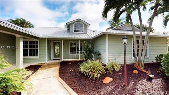 3681 SE Silver Ridge Ct, Stuart, FL 34997 (MLS #A10431283) :: Green Realty Properties