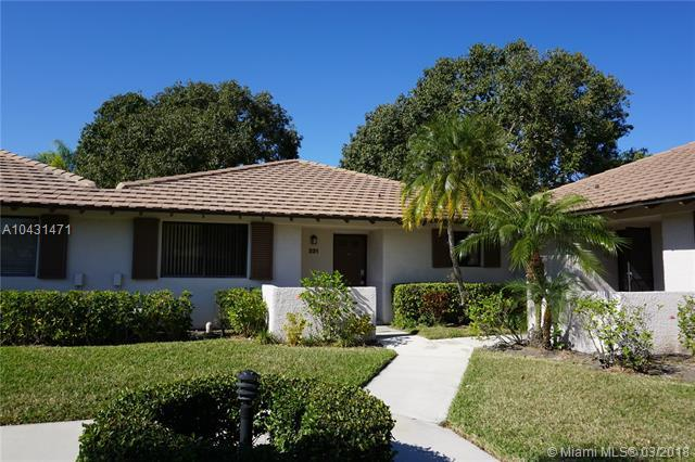221 Club Dr., Palm Beach Gardens, FL 33418 (MLS #A10431471) :: The Teri Arbogast Team at Keller Williams Partners SW