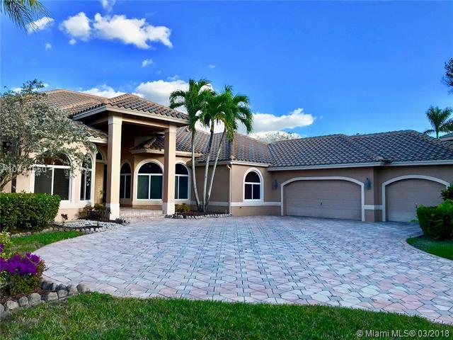 170 Dockside Circle, Weston, FL 33327 (MLS #A10431550) :: Stanley Rosen Group