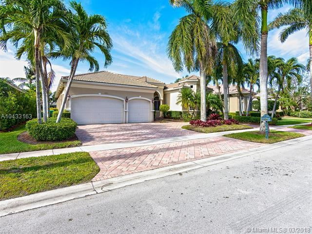 10921 Hawks Vista St, Plantation, FL 33324 (MLS #A10433163) :: The Riley Smith Group