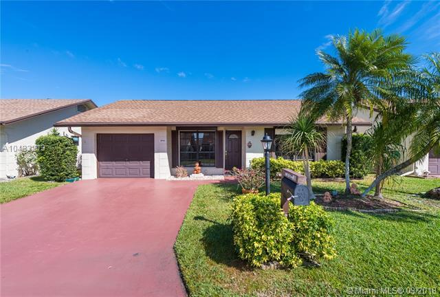 2041 SW 15th Pl, Deerfield Beach, FL 33442 (MLS #A10433213) :: Prestige Realty Group
