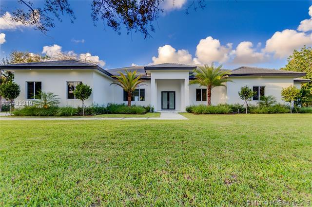 12100 SW 77th Ave, Pinecrest, FL 33156 (MLS #A10433319) :: The Teri Arbogast Team at Keller Williams Partners SW