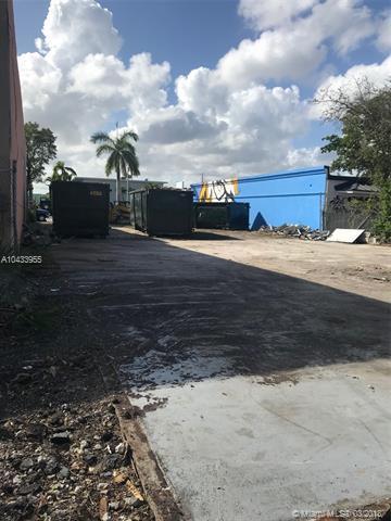 710 NE 2nd Ave, Fort Lauderdale, FL 33304 (MLS #A10433955) :: Stanley Rosen Group