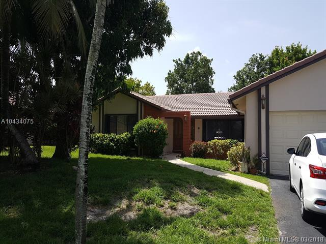 8884 NW 1st St, Coral Springs, FL 33071 (MLS #A10434075) :: Hergenrother Realty Group Miami