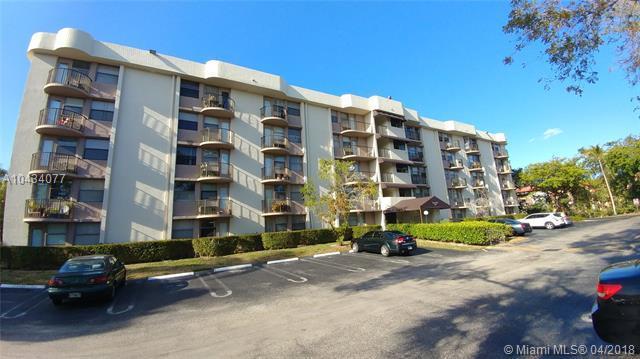 2771 Riverside Dr 305-A, Coral Springs, FL 33065 (MLS #A10434077) :: Stanley Rosen Group