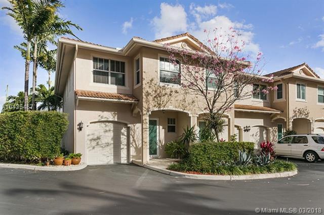 1321 SE 3rd Ave, Pompano Beach, FL 33060 (MLS #A10435467) :: Green Realty Properties