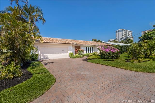 3341 NE 38th St, Fort Lauderdale, FL 33308 (MLS #A10435895) :: Stanley Rosen Group