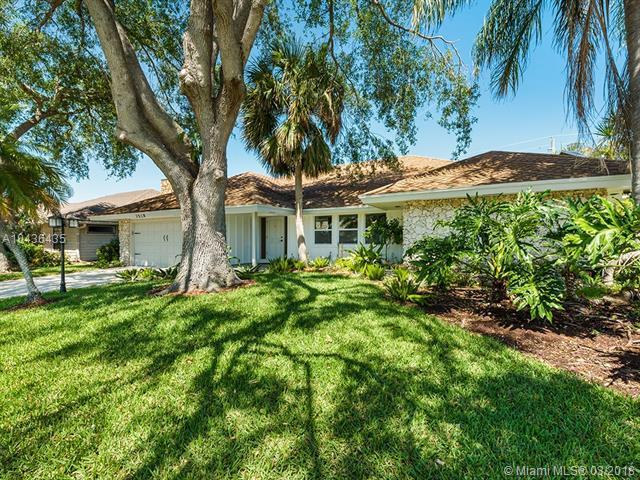 2518 Monaco Terrace, Palm Beach Gardens, FL 33410 (MLS #A10436435) :: Calibre International Realty