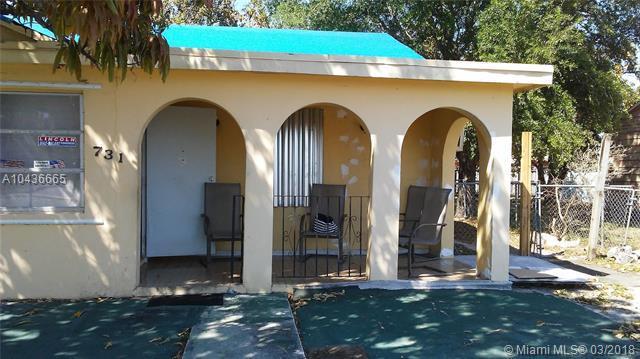 731 SE 2nd Pl, Hialeah, FL 33010 (MLS #A10436665) :: Castelli Real Estate Services