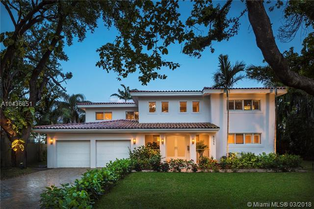 5255 Orduna Dr, Coral Gables, FL 33146 (MLS #A10436851) :: The Erice Group