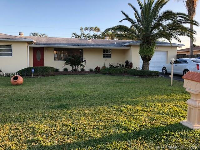6840 SW 16th Ct, Pembroke Pines, FL 33023 (MLS #A10437110) :: RE/MAX Presidential Real Estate Group