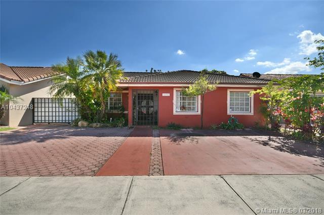 14302 SW 101st Ln, Miami, FL 33186 (MLS #A10437248) :: Castelli Real Estate Services