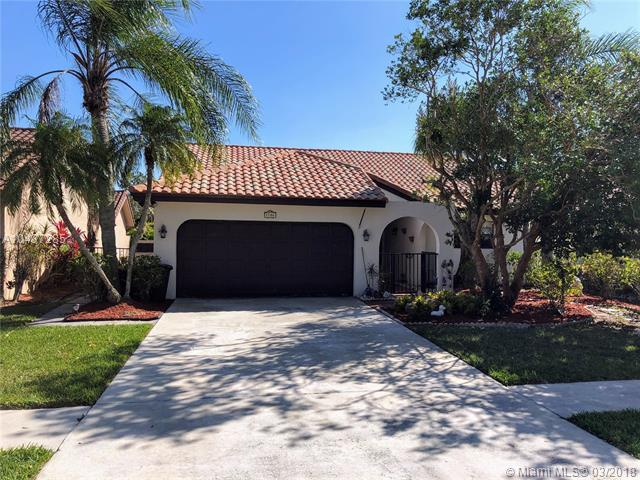 7706 Solimar Cir, Boca Raton, FL 33433 (MLS #A10437285) :: Melissa Miller Group