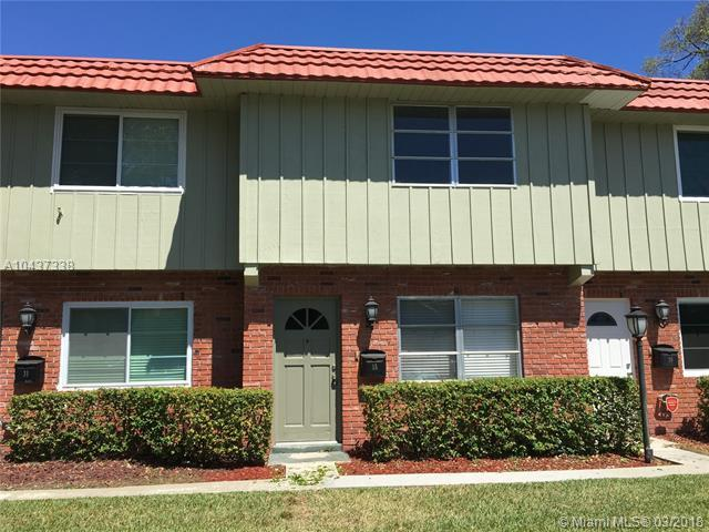 35 NE 20th Ct 8A, Wilton Manors, FL 33305 (MLS #A10437338) :: Live Work Play Miami Group