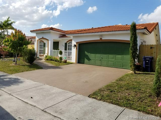 15127 SW 172nd Ter, Miami, FL 33187 (MLS #A10437665) :: Castelli Real Estate Services