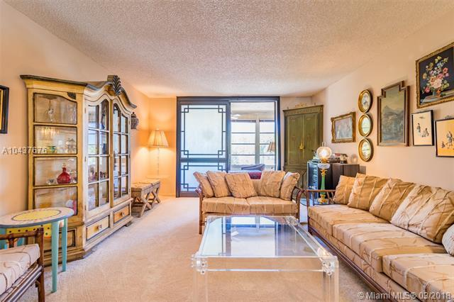 2840 Somerset Dr 217M, Lauderdale Lakes, FL 33311 (MLS #A10437676) :: Live Work Play Miami Group