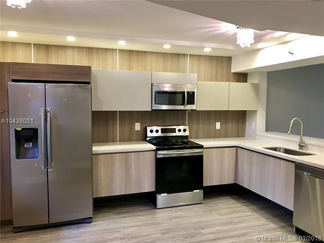 2202 S Cypress Bend Dr #102, Pompano Beach, FL 33069 (MLS #A10438021) :: Green Realty Properties