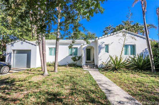 289 NE 104th St, Miami Shores, FL 33138 (MLS #A10438224) :: The Jack Coden Group