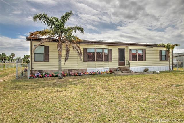 28178 E State Road 78, Other City Value - Out Of Area, FL 34974 (MLS #A10438331) :: Green Realty Properties