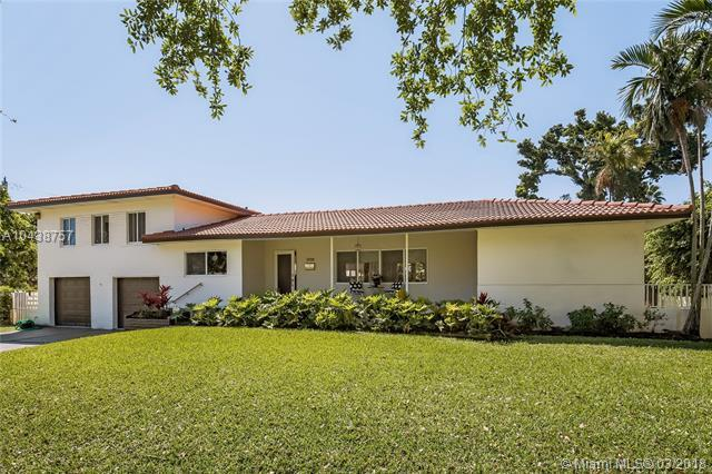 578 NE 93rd St, Miami Shores, FL 33138 (MLS #A10438757) :: Live Work Play Miami Group