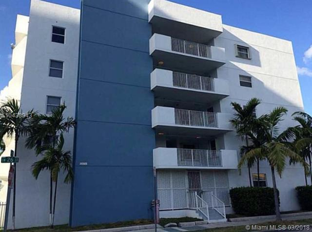 2575 SW 27th Ave #501, Miami, FL 33133 (MLS #A10438943) :: The Jack Coden Group