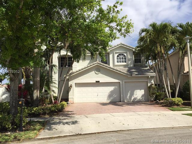17931 SW 35th St, Miramar, FL 33029 (MLS #A10439352) :: RE/MAX Presidential Real Estate Group