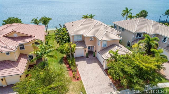 17536 SW 48th St, Miramar, FL 33029 (MLS #A10439614) :: Green Realty Properties