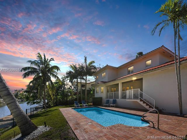 1541 Bella Vista Avenue, Coral Gables, FL 33156 (MLS #A10439807) :: Carole Smith Real Estate Team