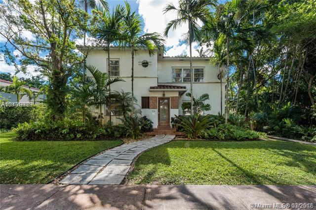934 Palermo, Coral Gables, FL 33134 (MLS #A10439839) :: Live Work Play Miami Group