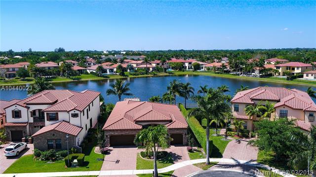 8737 Estada Cir, Cooper City, FL 33024 (MLS #A10440023) :: RE/MAX Presidential Real Estate Group