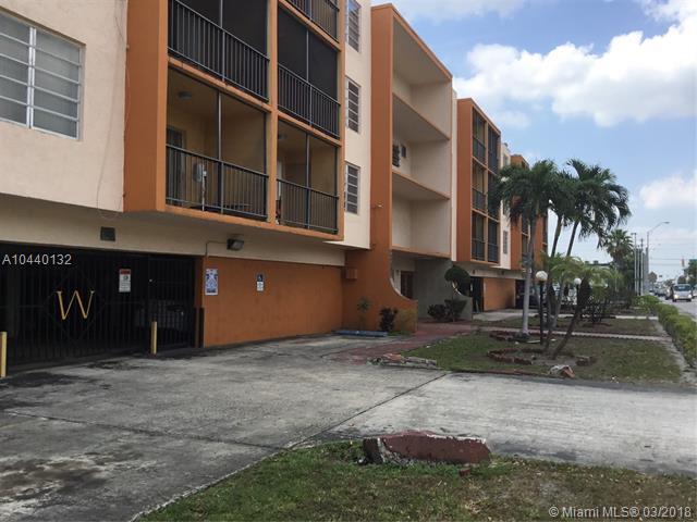 1250 NE 125th St 308C, North Miami, FL 33161 (MLS #A10440132) :: Live Work Play Miami Group