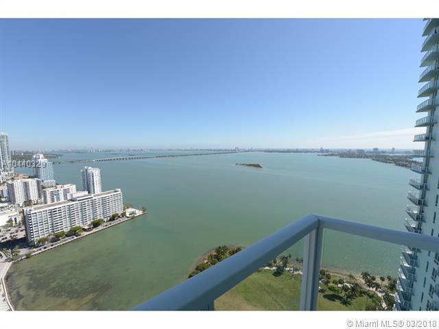 1900 N Bayshore Dr #3715, Miami, FL 33132 (MLS #A10440329) :: The Teri Arbogast Team at Keller Williams Partners SW