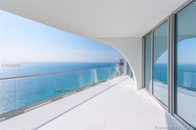 16901 Collins Ave #3905, Sunny Isles Beach, FL 33160 (MLS #A10440387) :: Live Work Play Miami Group