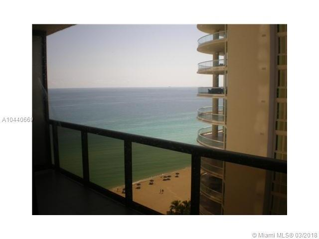 16275 Collins Ave #2403, Sunny Isles Beach, FL 33160 (MLS #A10440669) :: Calibre International Realty