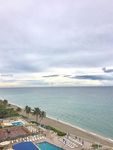 Hallandale, FL 33009 :: Calibre International Realty