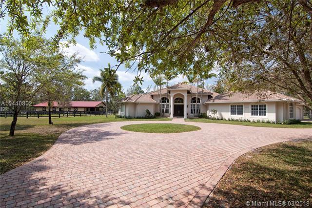 14800 Crazy Horse Lane, Palm Beach Gardens, FL 33418 (MLS #A10440802) :: Stanley Rosen Group