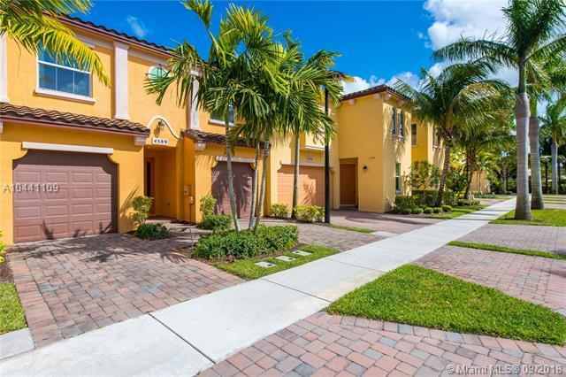 4589 Mediterranean Cir, Palm Beach Gardens, FL 33418 (MLS #A10441109) :: The Teri Arbogast Team at Keller Williams Partners SW