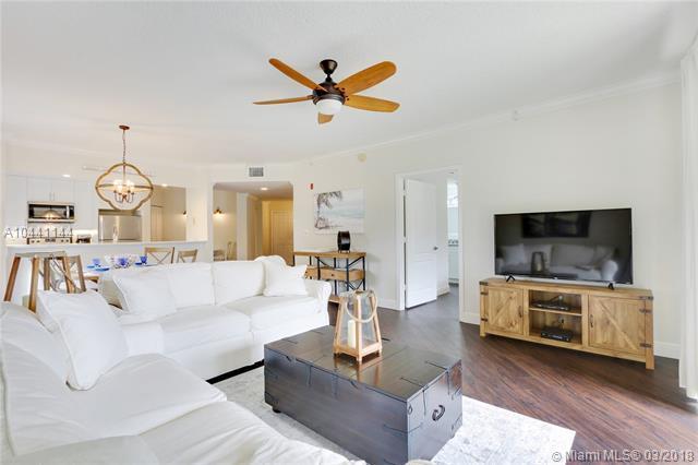 100 Uno Lago Dr 205, Juno Beach, FL 33408 (MLS #A10441144) :: Prestige Realty Group