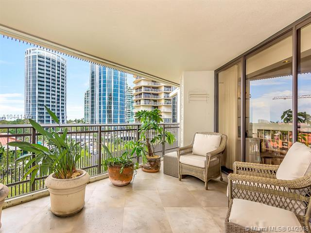 2901 S Bayshore Dr 7G, Coconut Grove, FL 33133 (MLS #A10441475) :: Carole Smith Real Estate Team
