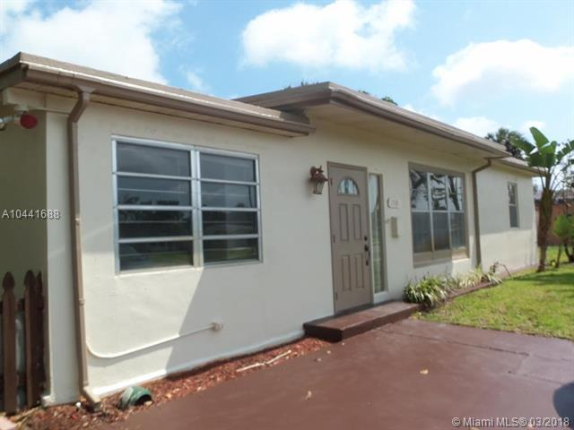 1531 NE 42nd Ct, Pompano Beach, FL 33064 (MLS #A10441688) :: Hergenrother Realty Group Miami
