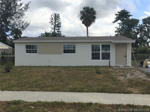 5342 Helene Pl, West Palm Beach, FL 33407 (MLS #A10441834) :: Stanley Rosen Group