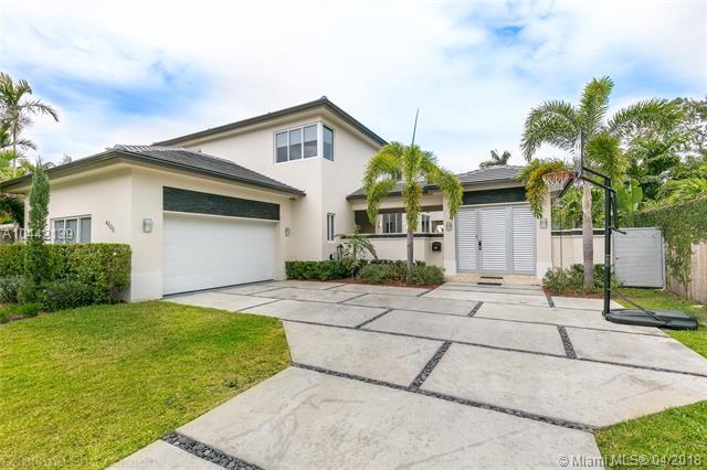 4223 Braganza Ave, Miami, FL 33133 (MLS #A10442139) :: The Riley Smith Group