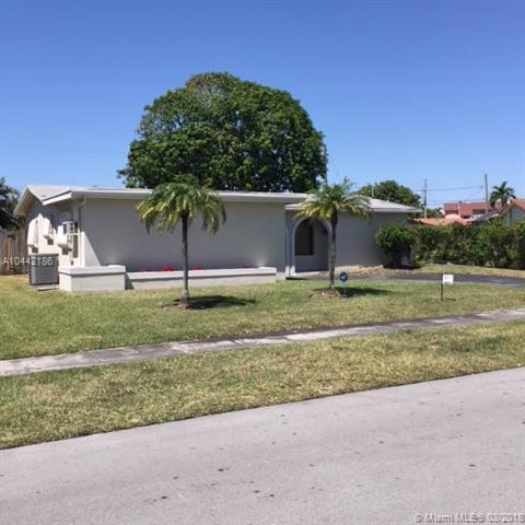 2631 NW 94th Ave, Sunrise, FL 33322 (MLS #A10442186) :: The Teri Arbogast Team at Keller Williams Partners SW