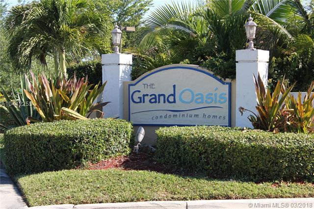 5661 Riverside Dr 306B7, Coral Springs, FL 33067 (MLS #A10442253) :: Stanley Rosen Group